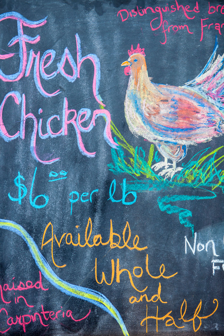 sign for fresh organic chicken
